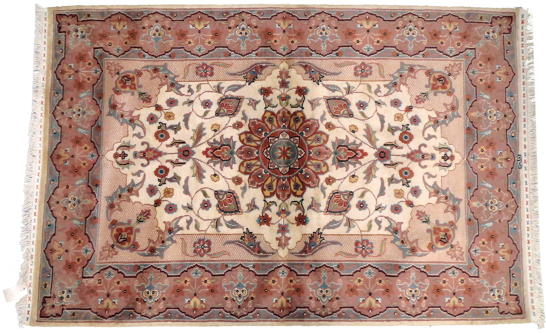tapis oriental tapis kazak extra fin 176 x 118 cm laine 2126. Black Bedroom Furniture Sets. Home Design Ideas